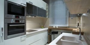 Несколько практических советов по оформлению пространства узкой кухни